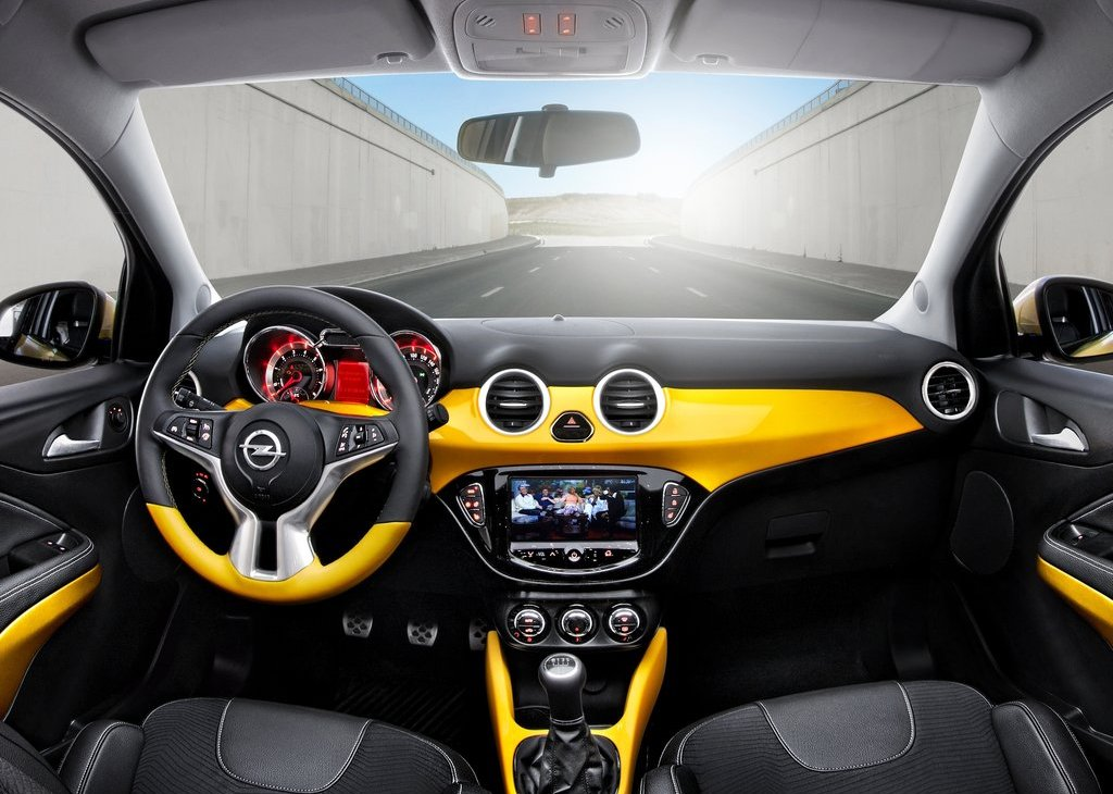 2013 Opel Adam Interior (Photo 8 of 9)