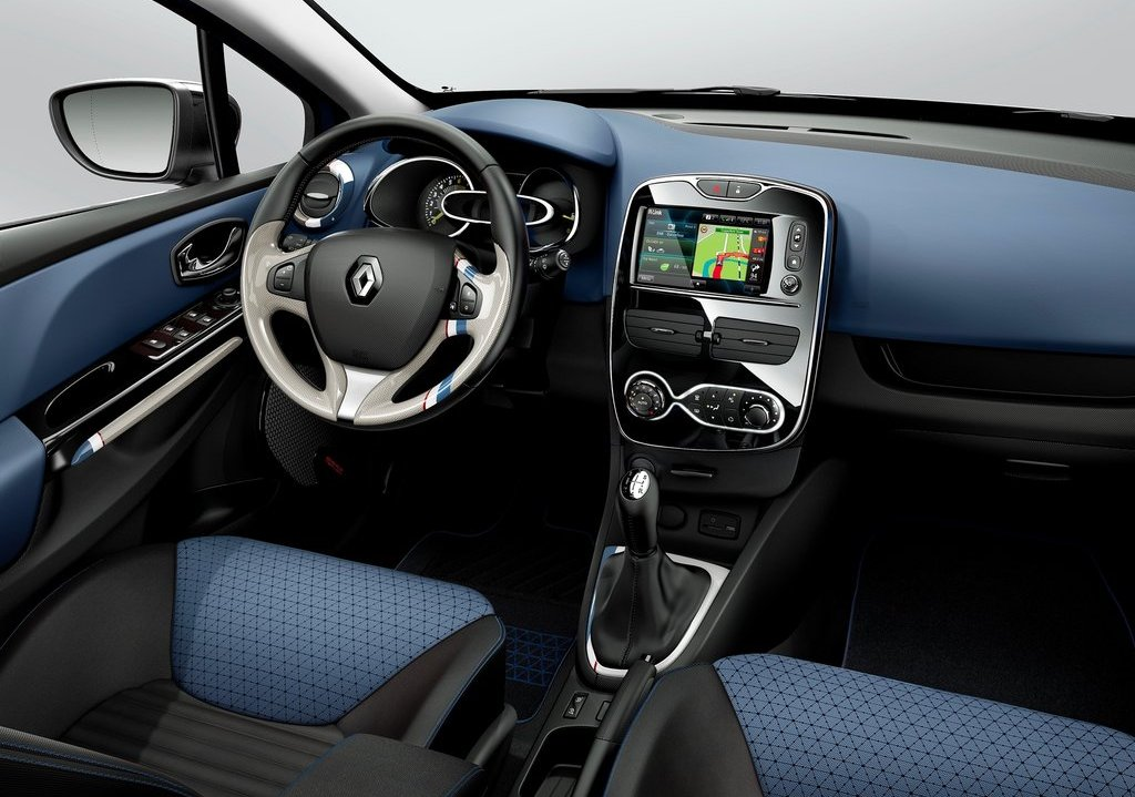 2013 Renault Clio Interior (Photo 10 of 16)