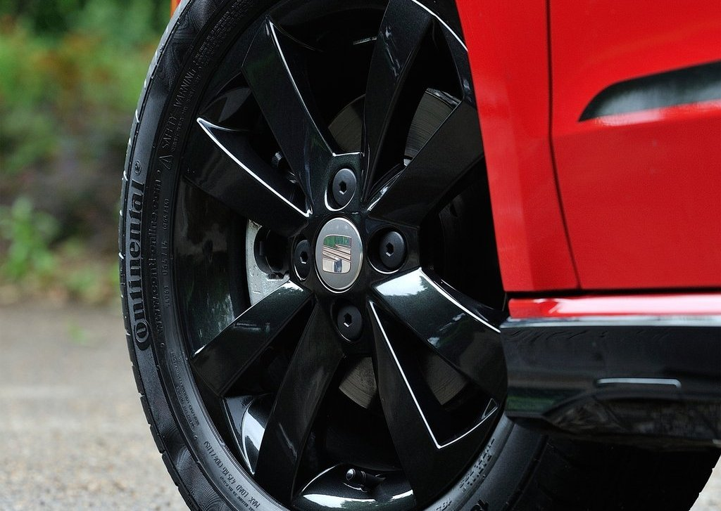 2013 Seat Mii Vibora Negra Wheels (Photo 8 of 8)
