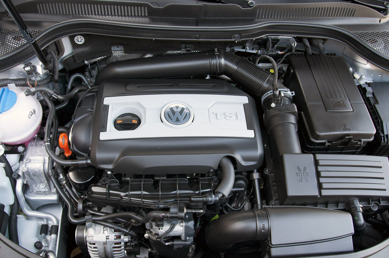 2013 Volkswagen CC Engine (Photo 2 of 14)