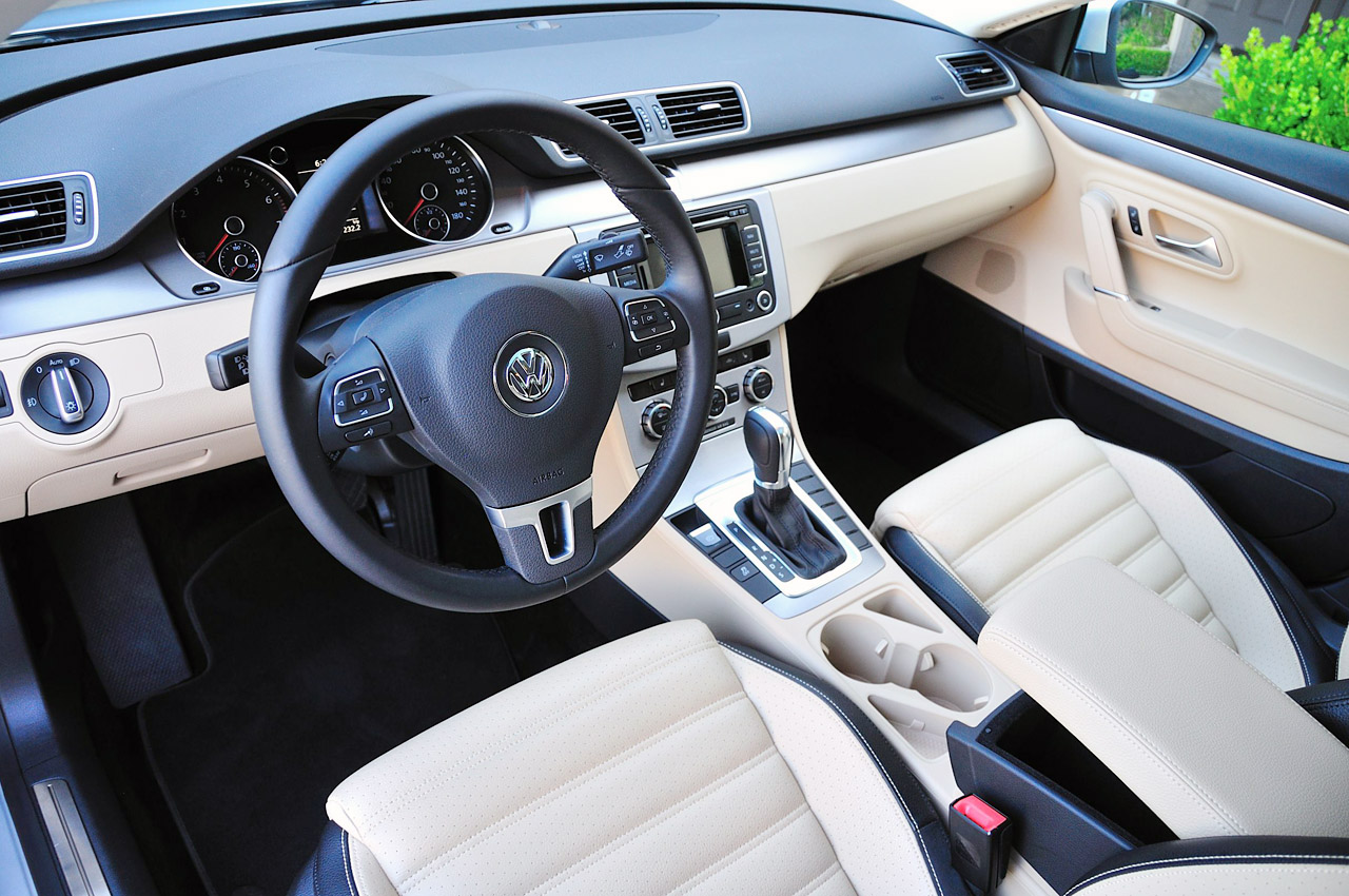2013 Volkswagen CC Interior (Photo 7 of 14)