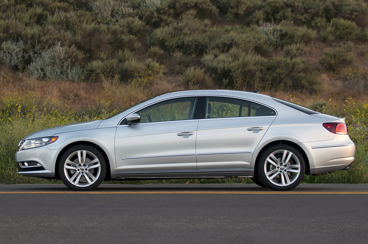 2013 Volkswagen CC Side (Photo 12 of 14)