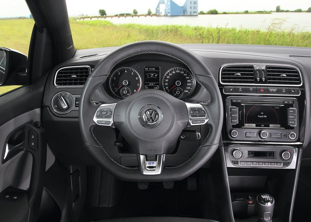 2013 Volkswagen Polo BlueGT Interior (Photo 8 of 12)
