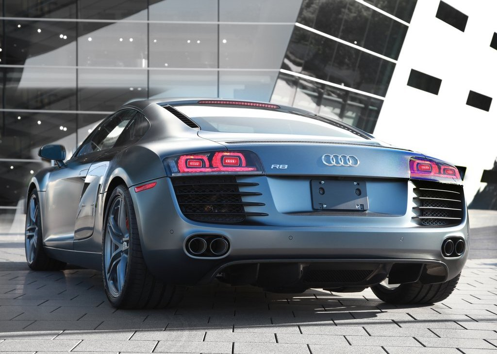 2012 Audi R8 Exclusive Selection Rear (Photo 5 of 9)