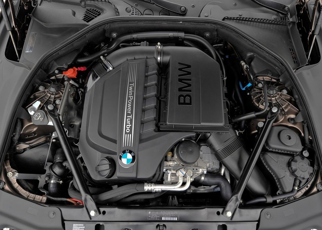 2013 BMW 640i Gran Coupe Engine (Photo 2 of 9)