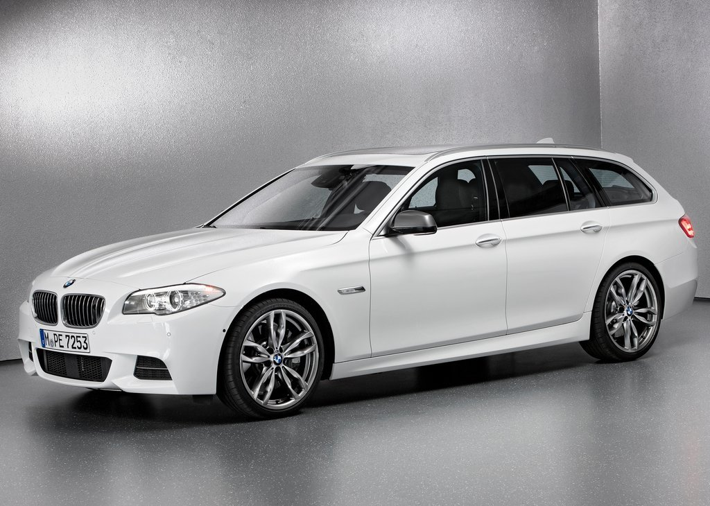 Featured Image of 2013 BMW M550d XDrive Touring Review