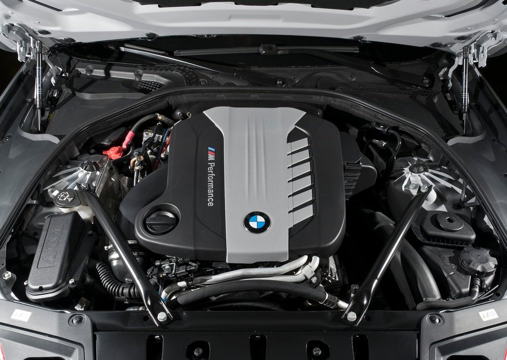 2013 BMW M550d XDrive Engine (Photo 3 of 12)