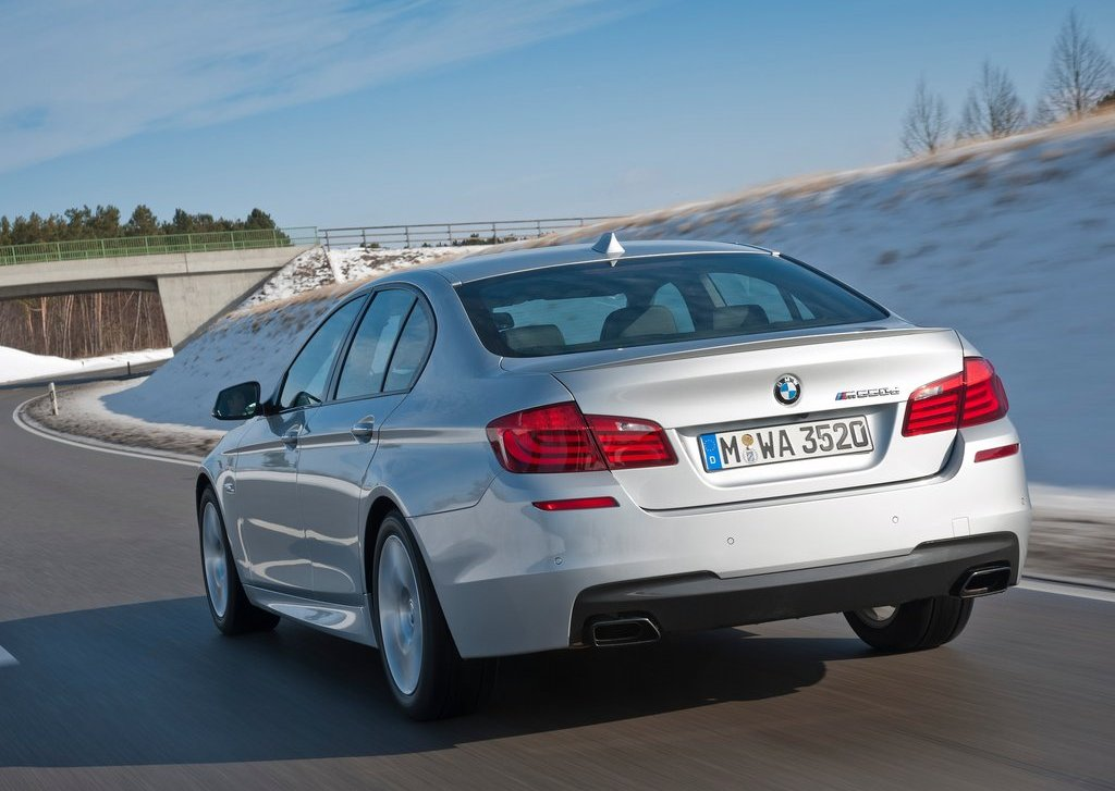 2013 BMW M550d XDrive Rear Angle (Photo 11 of 12)
