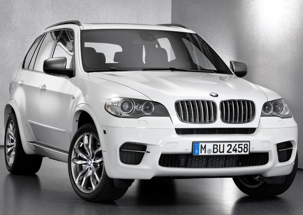 2013 BMW X5 M50d Front Angle (View 2 of 6)