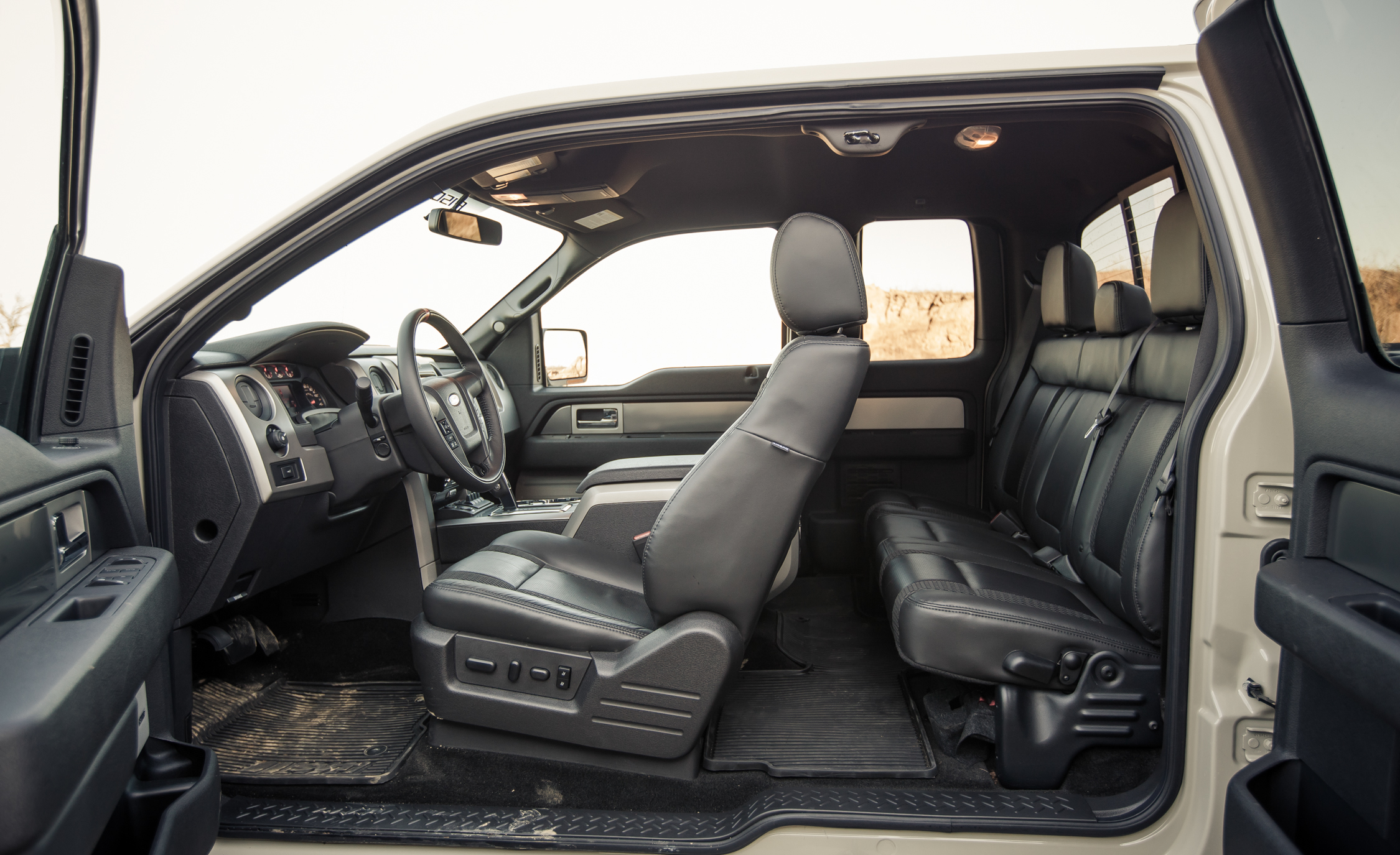 2013 Ford F 150 SVT Raptor SuperCab Interior Seats (Photo 15 of 39)
