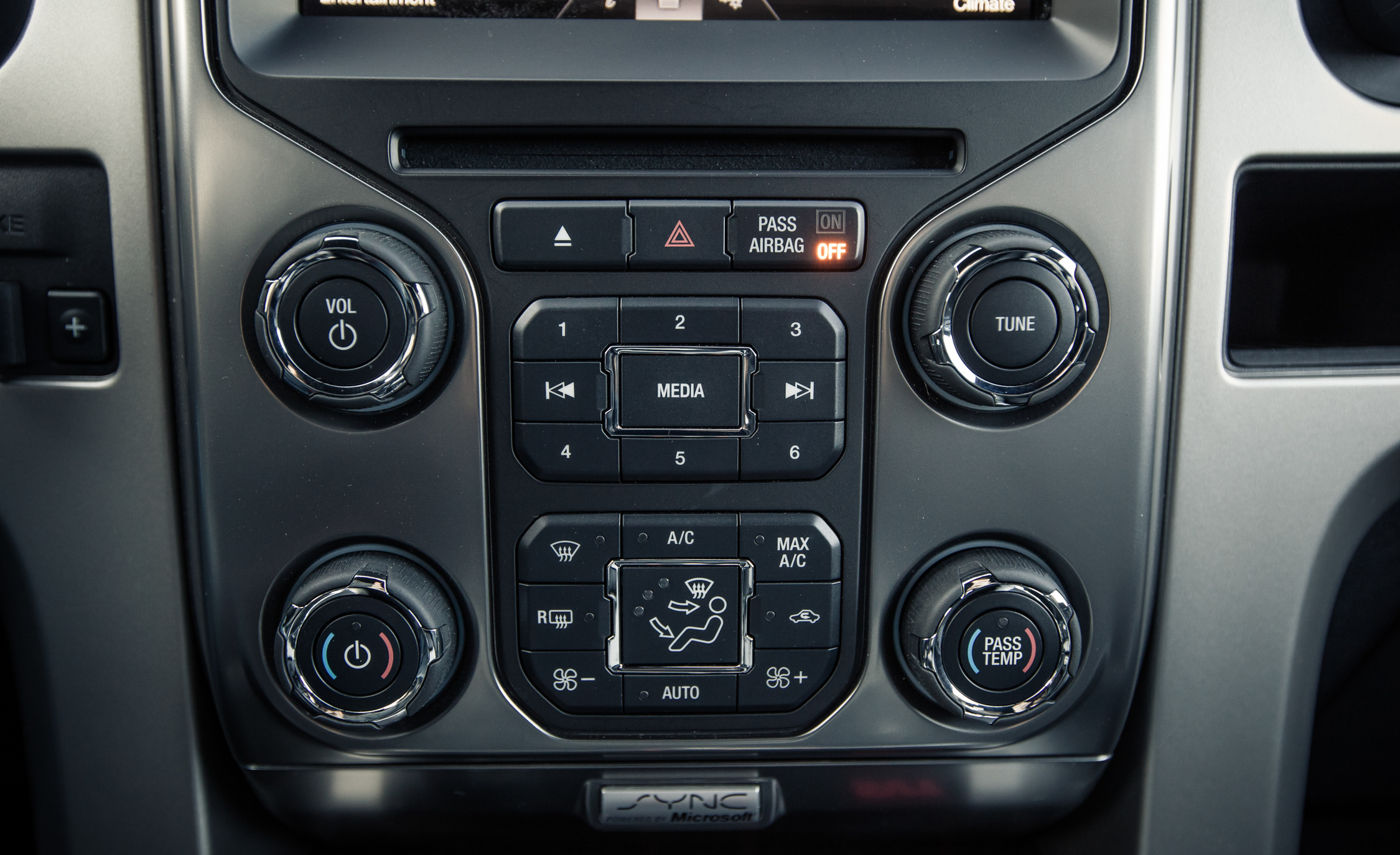 2013 Ford F 150 SVT Raptor SuperCab Interior View Climate Control (Photo 21 of 39)