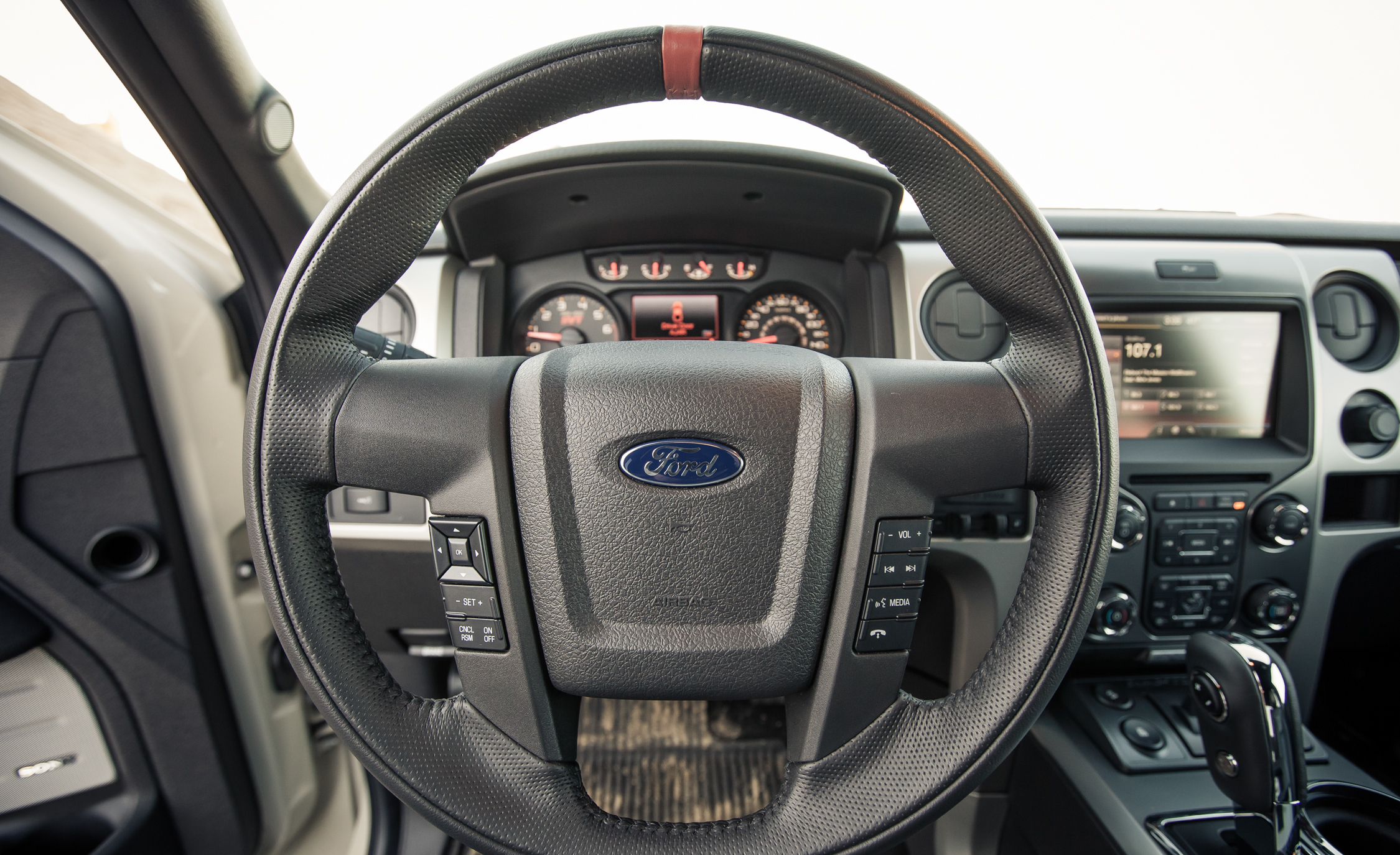 2013 Ford F 150 SVT Raptor SuperCab Interior View Driver Steering (Photo 24 of 39)