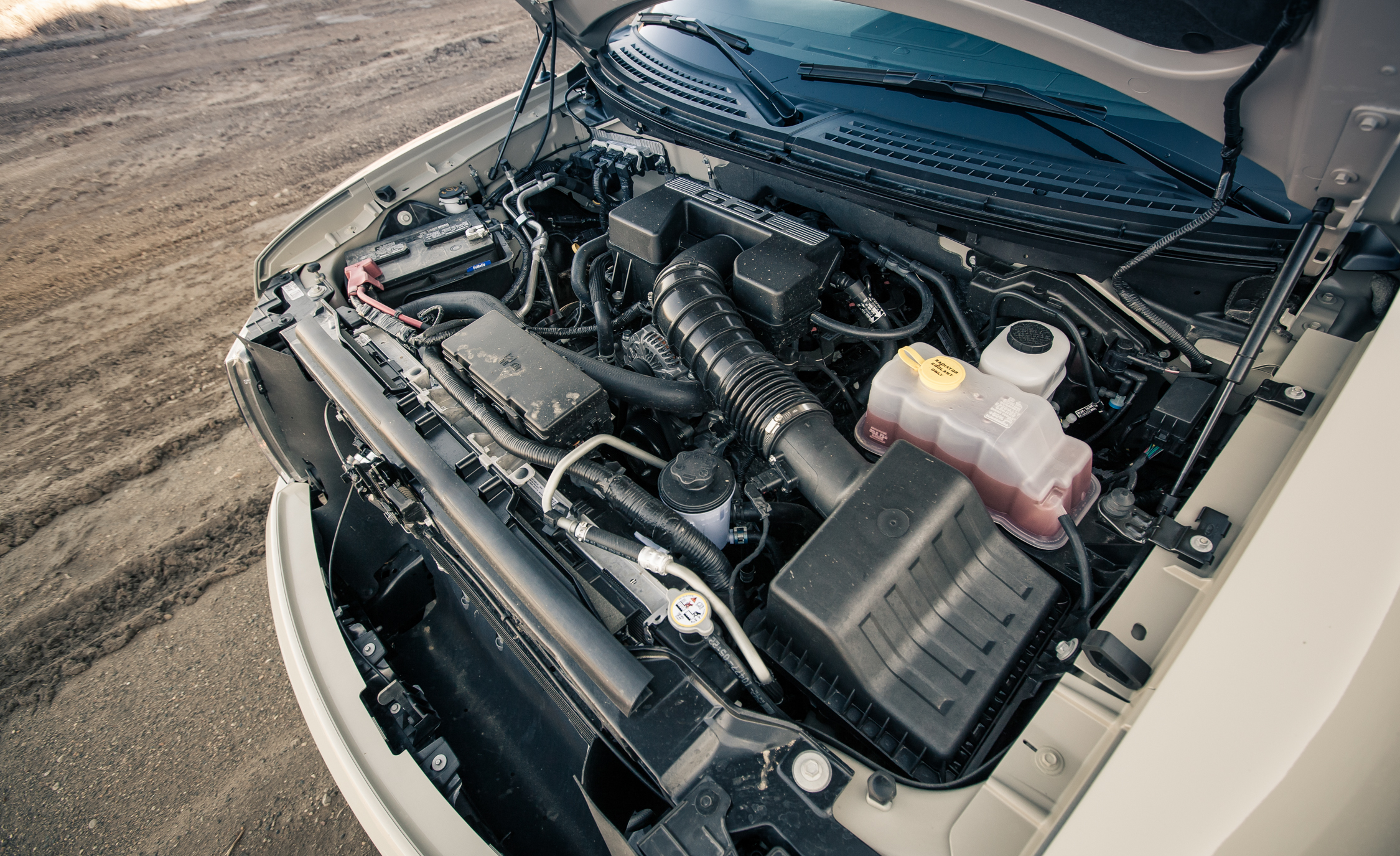 2013 Ford F 150 SVT Raptor SuperCab View Engine (Photo 31 of 39)