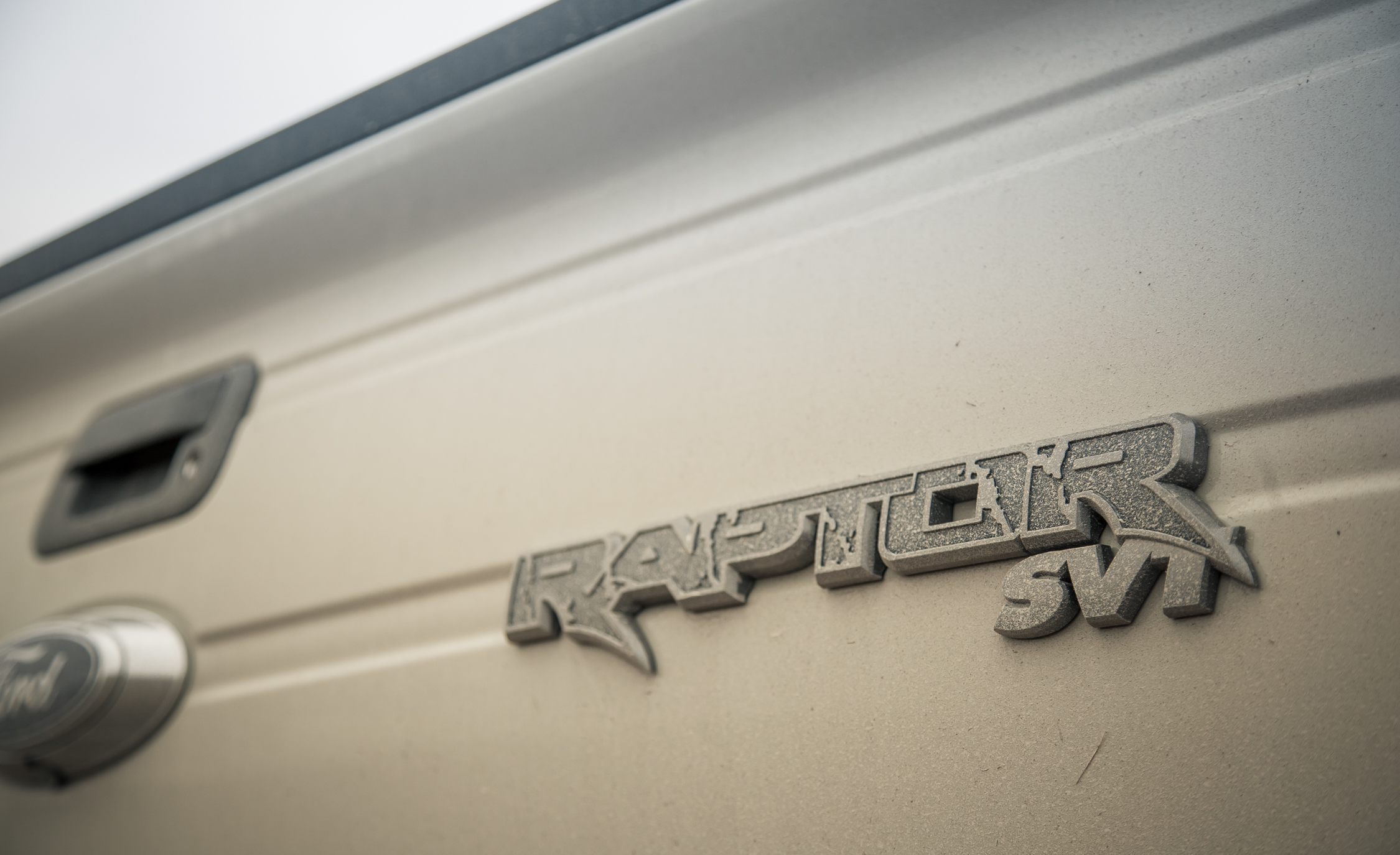 2013 Ford F 150 SVT Raptor Exterior View Rear Badge (Photo 9 of 39)