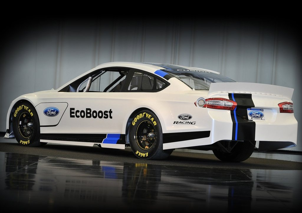 2013 Ford Fusion NASCAR Rear (Photo 2 of 3)