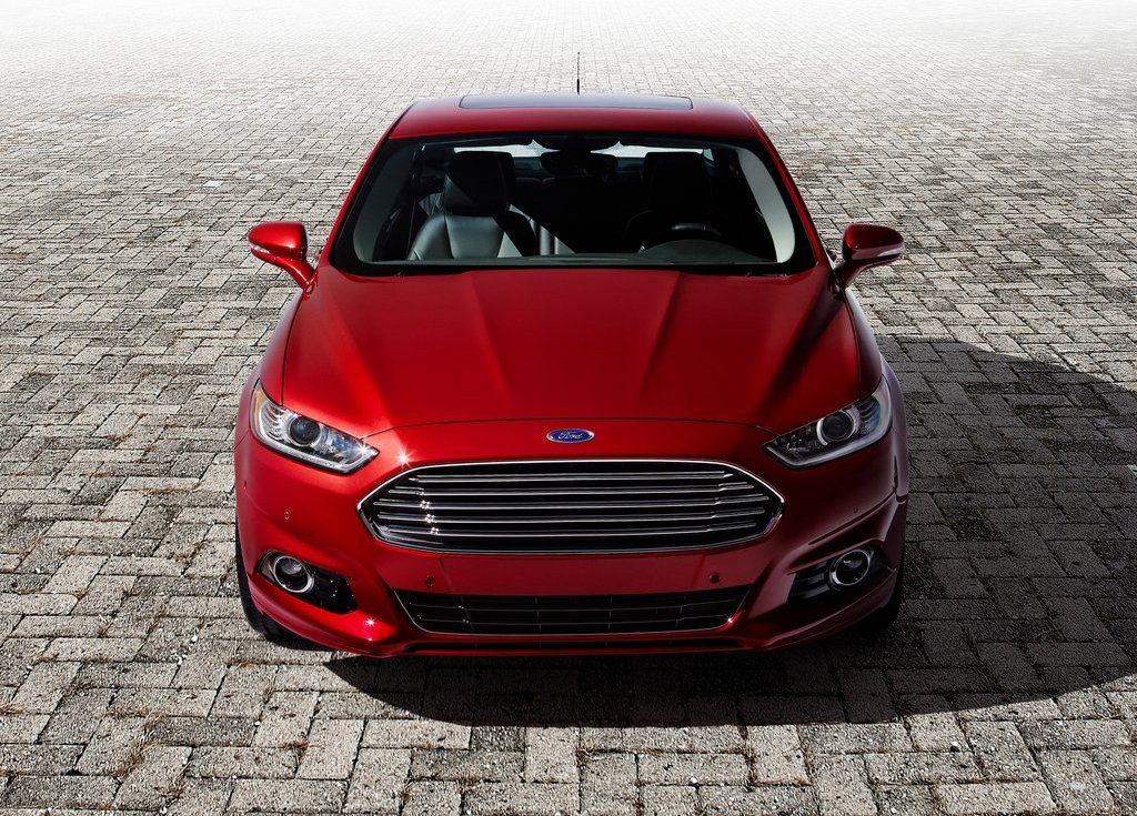2013 Ford Fusion Front (Photo 4 of 10)