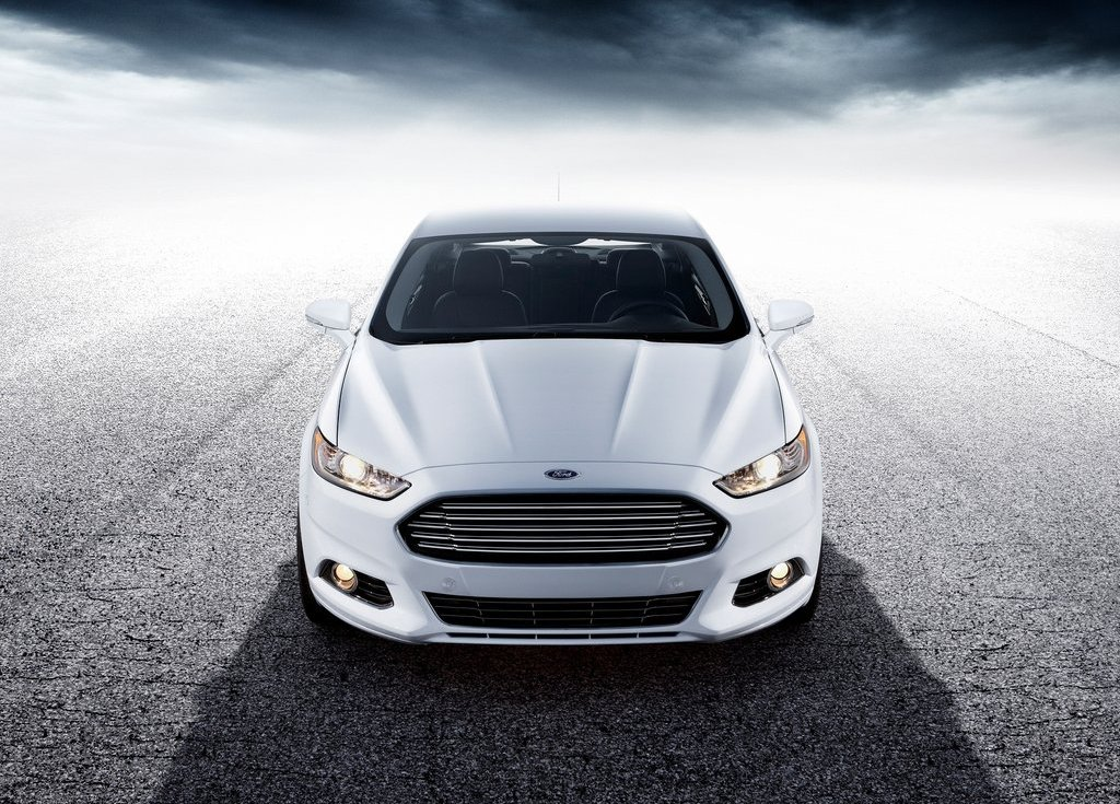 2013 Ford Fusion White (Photo 10 of 10)