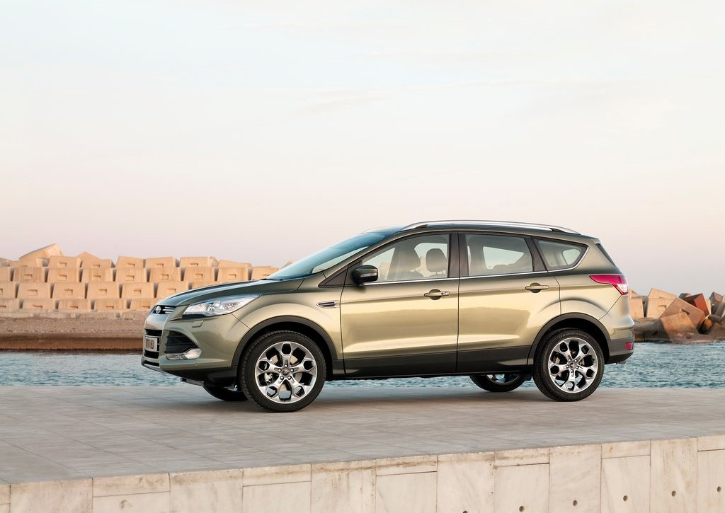 2013 Ford Kuga Left Side (Photo 5 of 13)