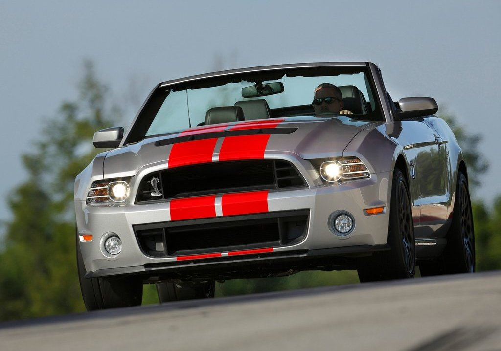 Featured Image of 2013 Ford Mustang Shelby GT500 Convertible