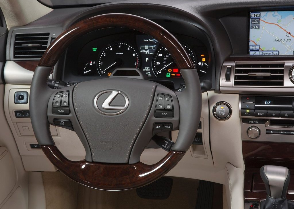 2013 Lexus LS 460 Dashboard (Photo 2 of 14)
