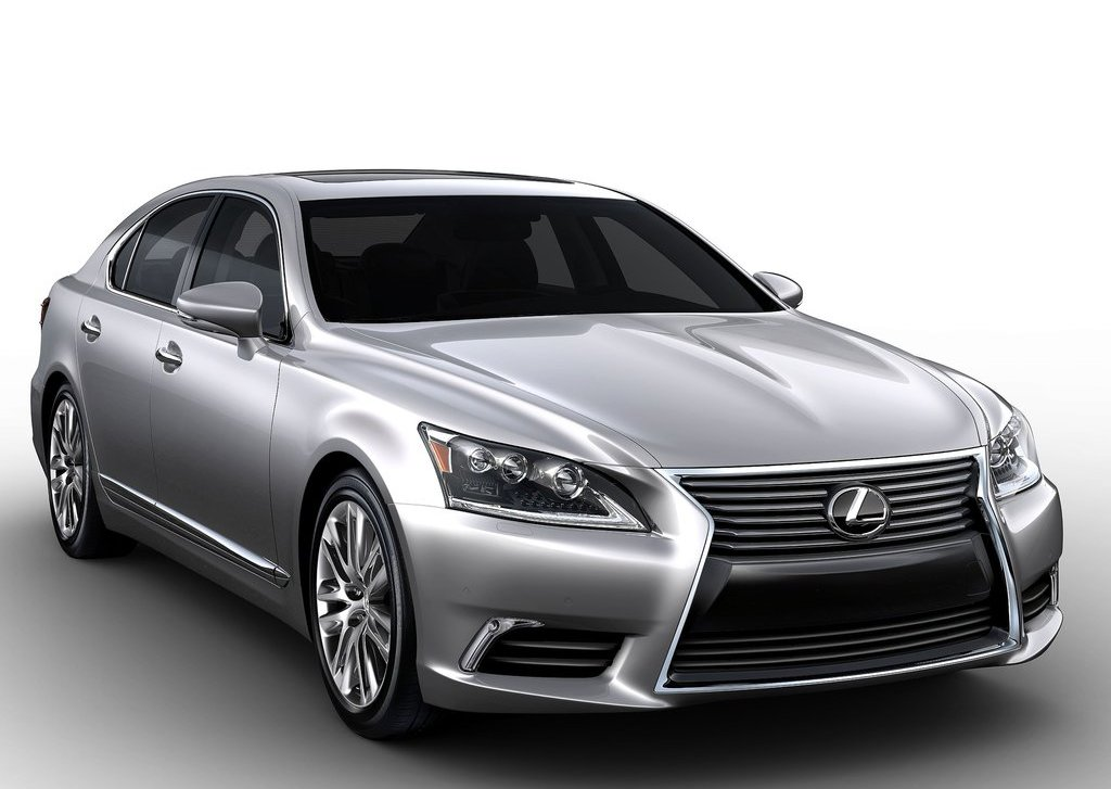 2013 Lexus LS (View 2 of 3)