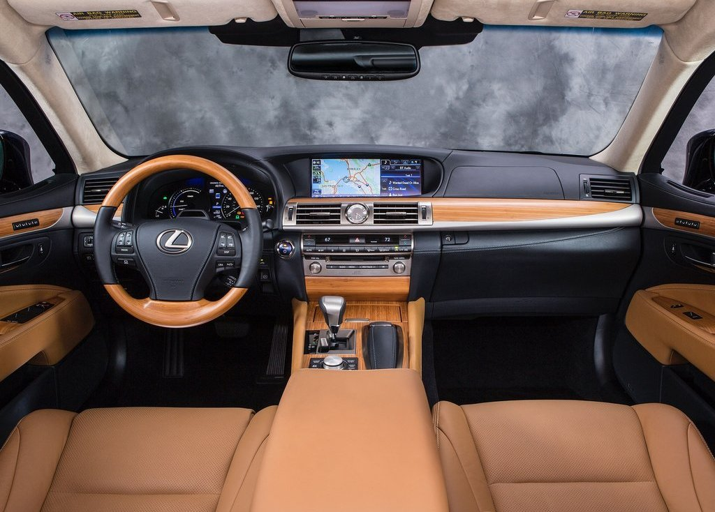 2013 Lexus LS 600h L Interior (Photo 5 of 8)