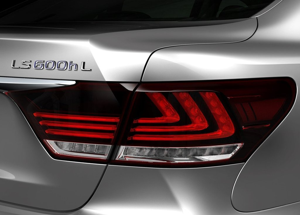 2013 Lexus LS 600h L Tail Lamp (View 7 of 8)