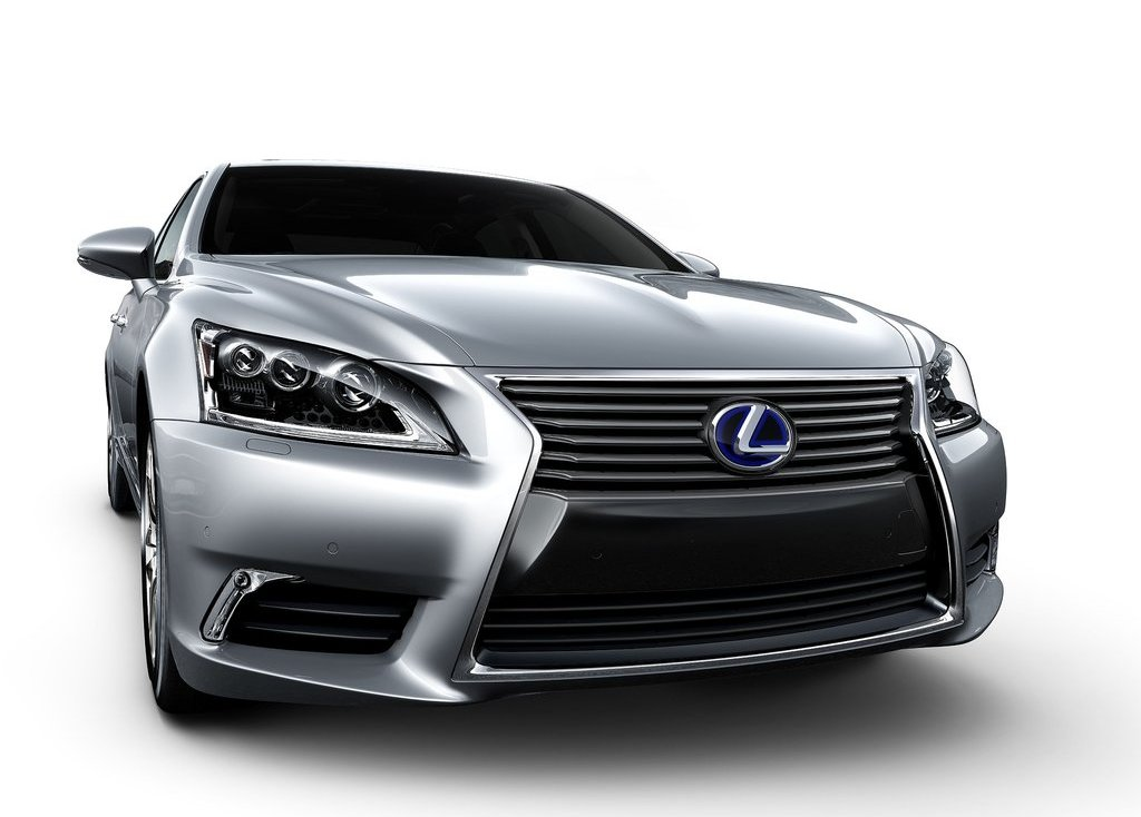 Featured Image of 2013 Lexus LS Unveiled At San Fransisco