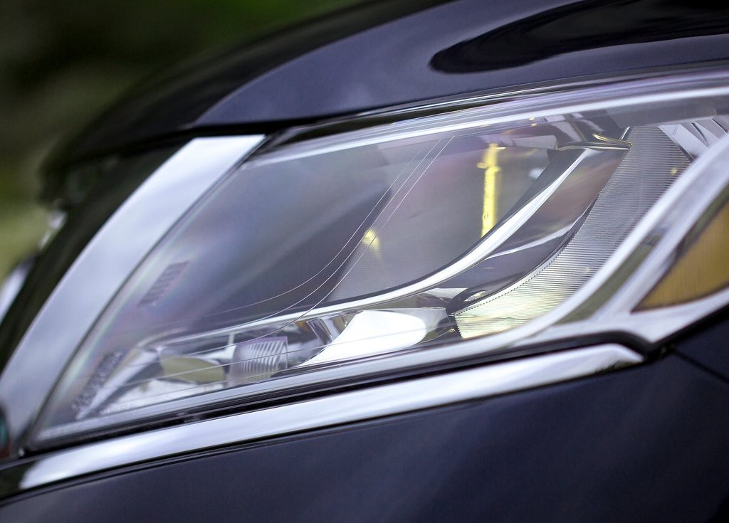 2013 Nissan Pathfinder Head Lamp (Photo 8 of 14)