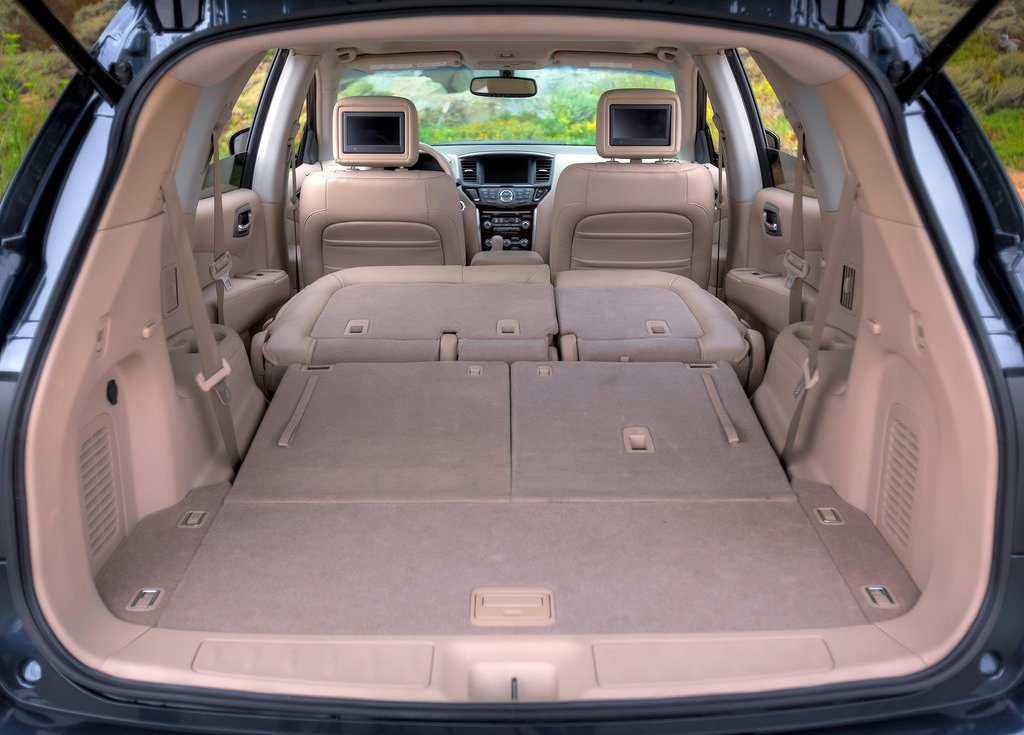 2013 Nissan Pathfinder Trunk (Photo 14 of 14)