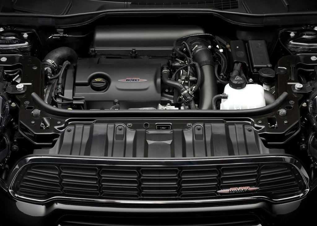 2013 Mini Countryman John Cooper Works Engine (Photo 3 of 9)