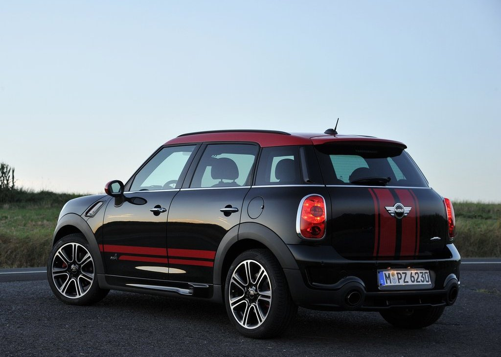 2013 Mini Countryman John Cooper Works Rear (Photo 6 of 9)