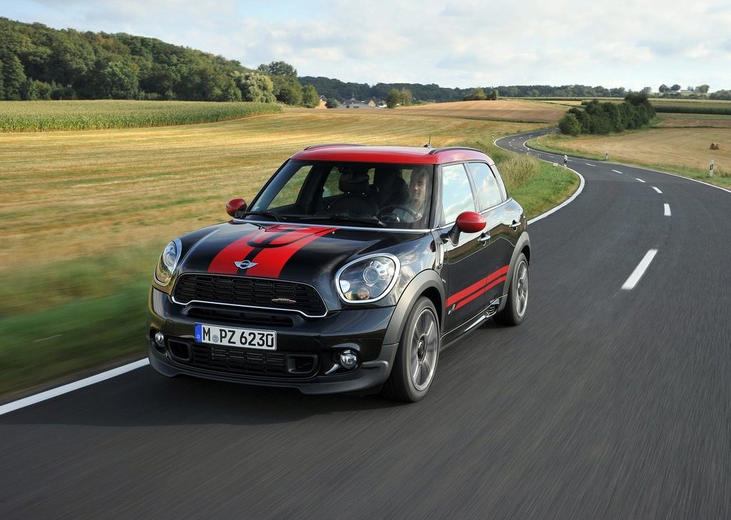 Featured Image of 2013 Mini Countryman John Cooper Works Review