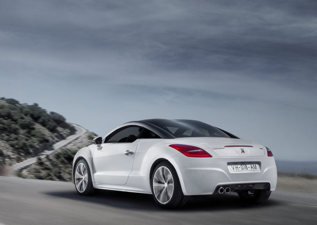 2013 Peugeot RCZ Coupe Rear (Photo 4 of 6)