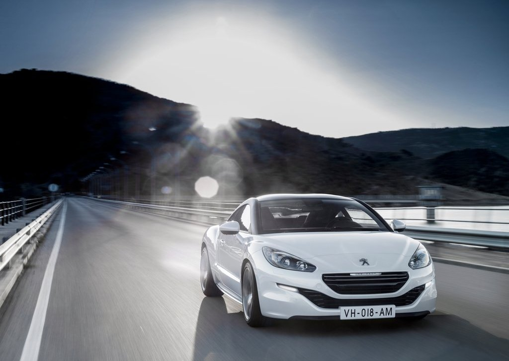 Featured Image of 2013 Peugeot RCZ Coupe Review