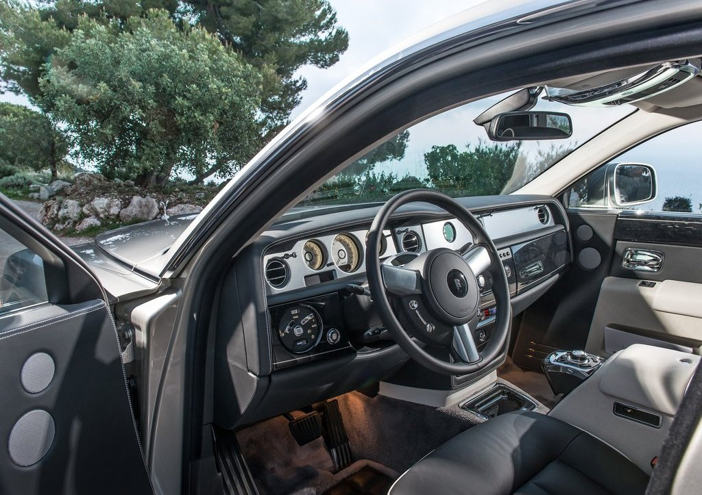 2013 Rolls Royce Phantom Interior (Photo 7 of 12)