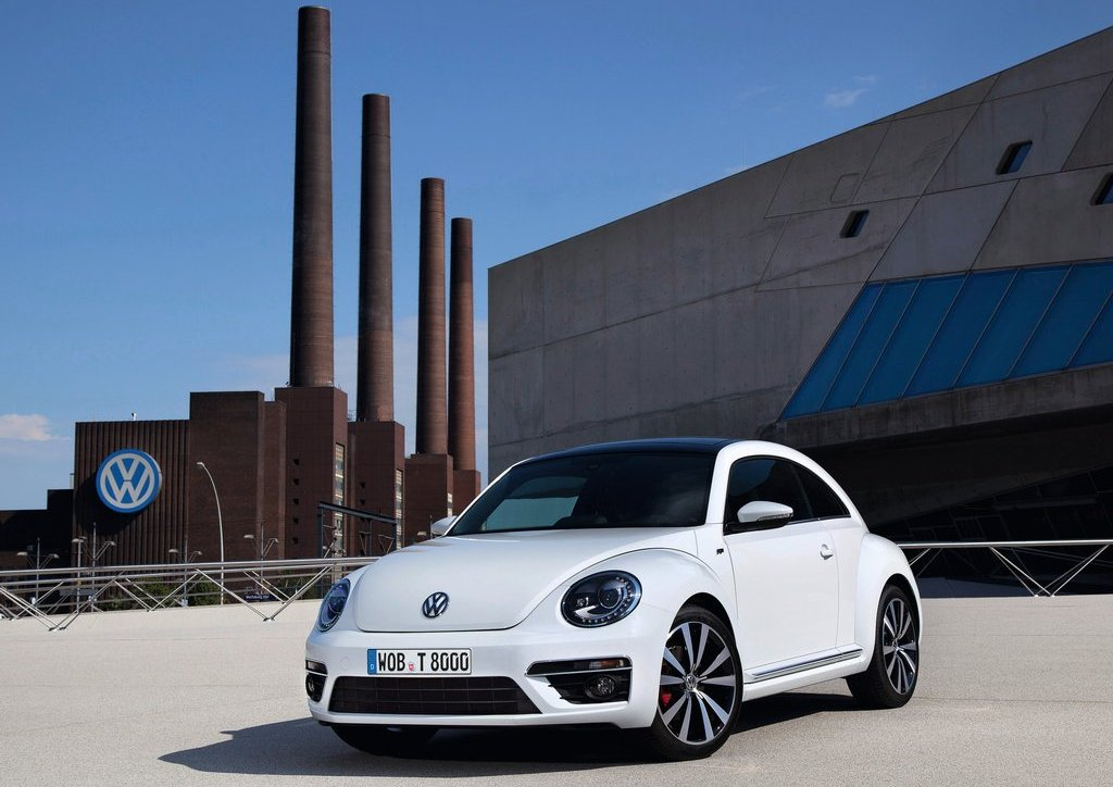2013 Volkswagen Beetle R Line Front (Photo 2 of 5)
