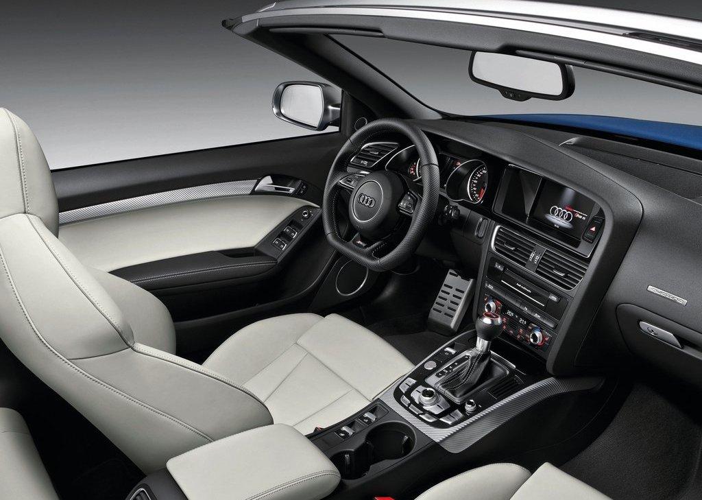 2014 Audi RS5 Cabriolet Interior (Photo 5 of 9)