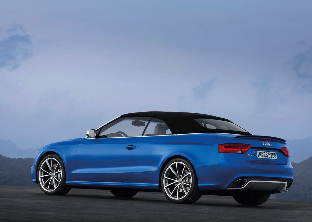 2014 Audi RS5 Cabriolet Rear View (Photo 8 of 9)