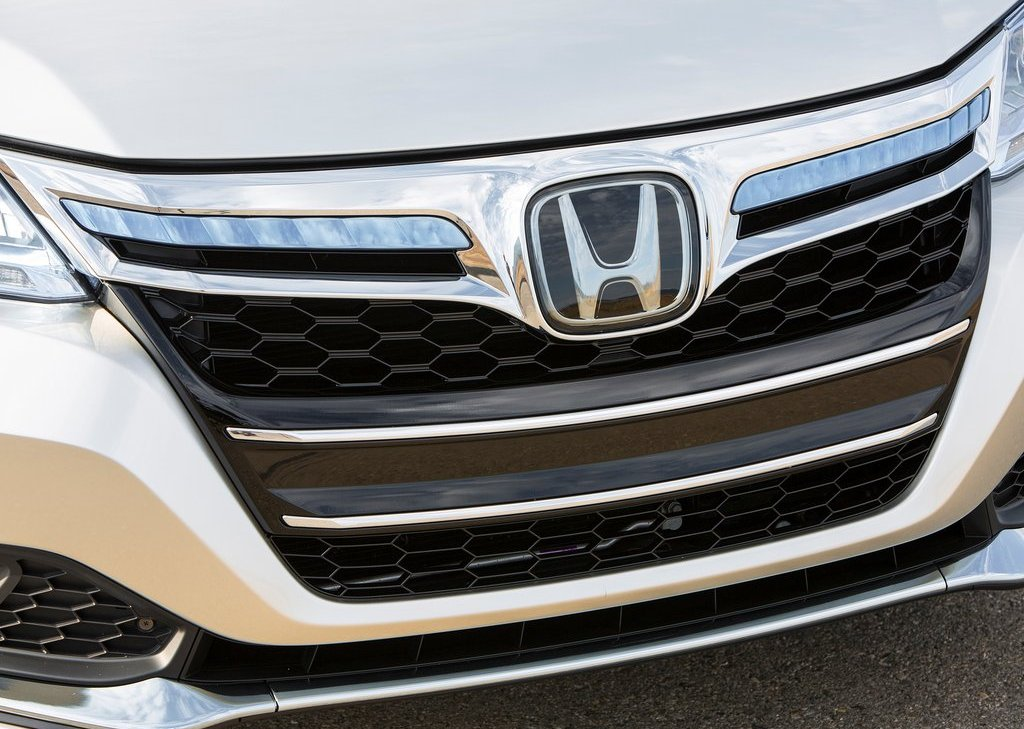2014 Honda Accord PHEV Grill (Photo 6 of 15)