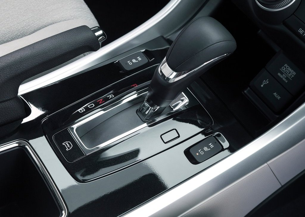 2014 Honda Accord PHEV Paddle (Photo 9 of 15)