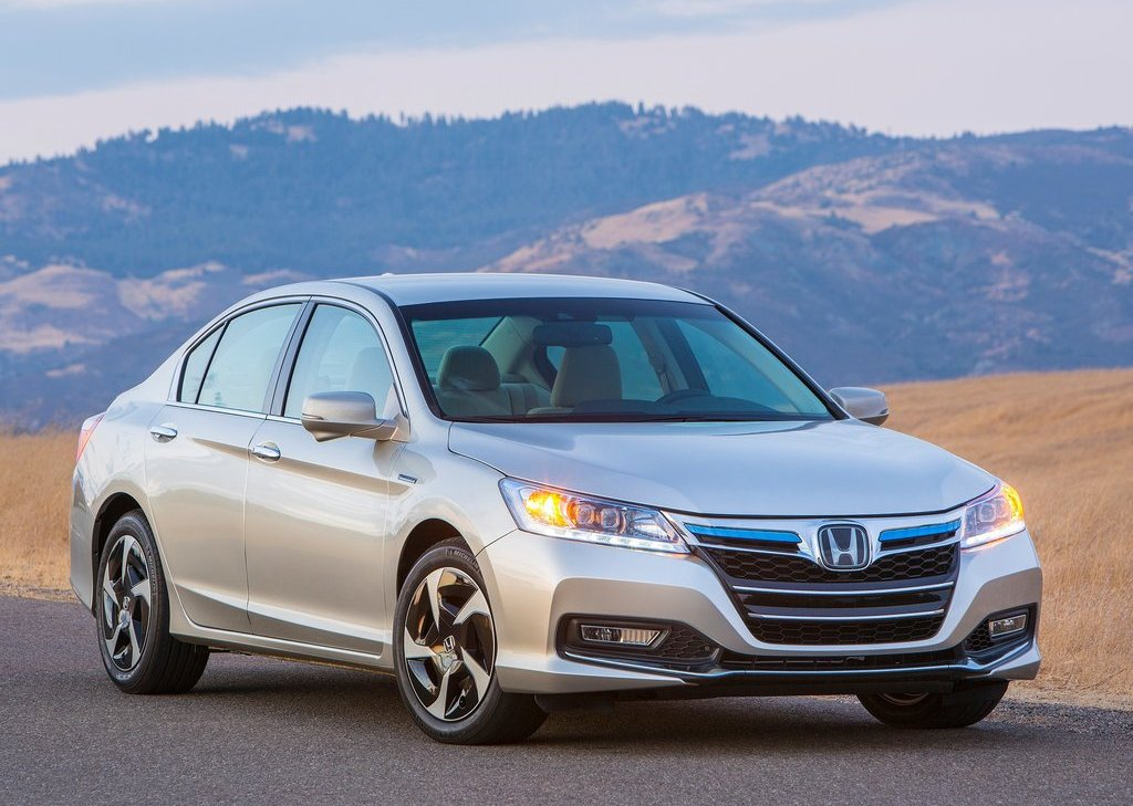 2014 Honda Accord PHEV (Photo 1 of 15)