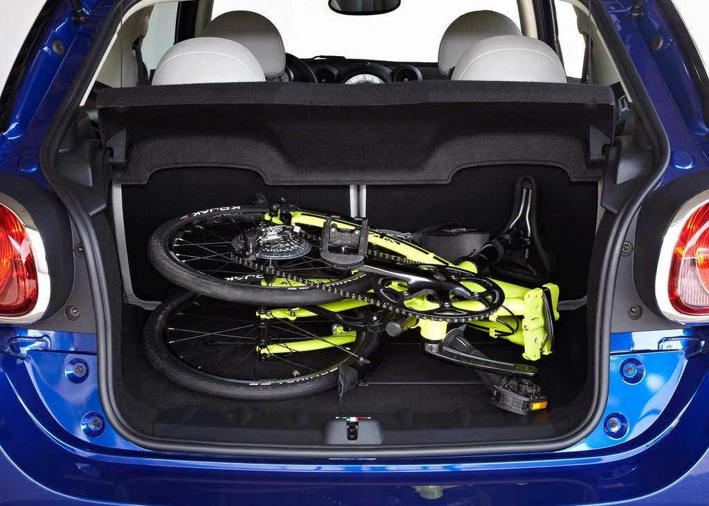 2014 Mini Paceman Trunk (View 9 of 10)