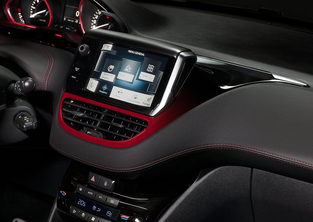 2014 Peugeot 208 GTi Feature (Photo 4 of 13)