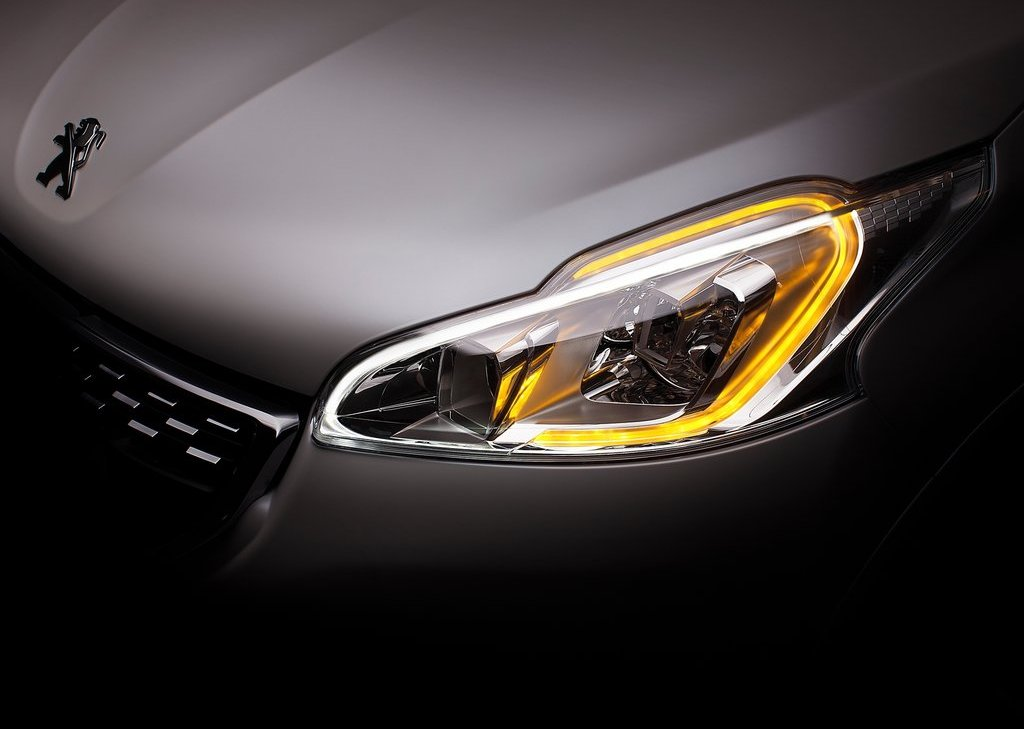 2014 Peugeot 208 GTi Head Lamp (View 4 of 13)