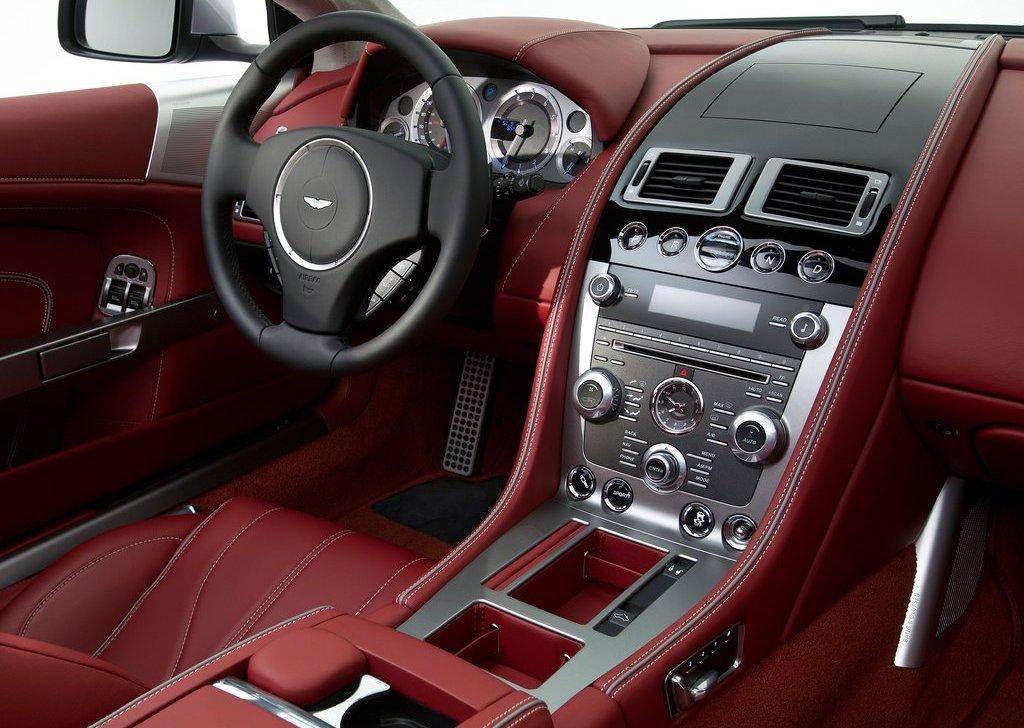 Aston Martin DB9 Interior (Photo 3 of 5)