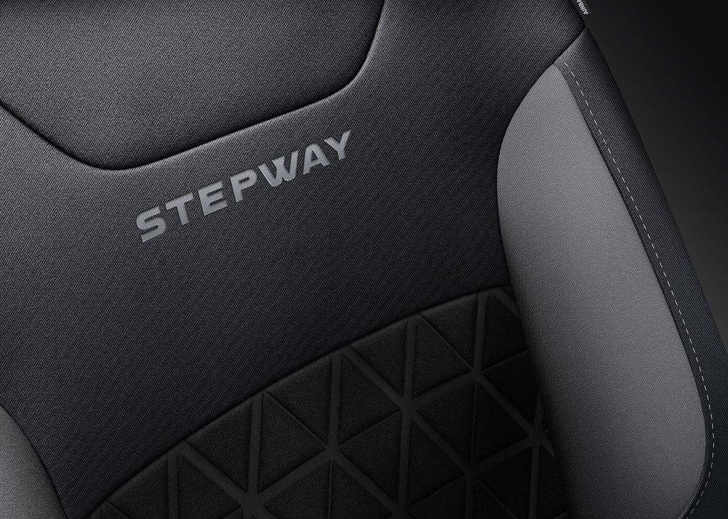 Dacia Sandero Stepway Seat (View 3 of 5)