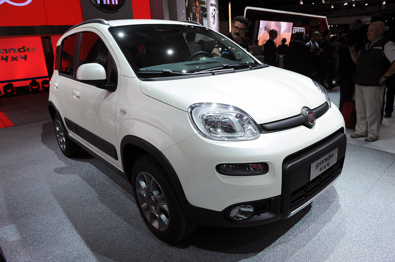 Featured Image of 2013 Fiat Panda 4x4 At Paris Motor Show