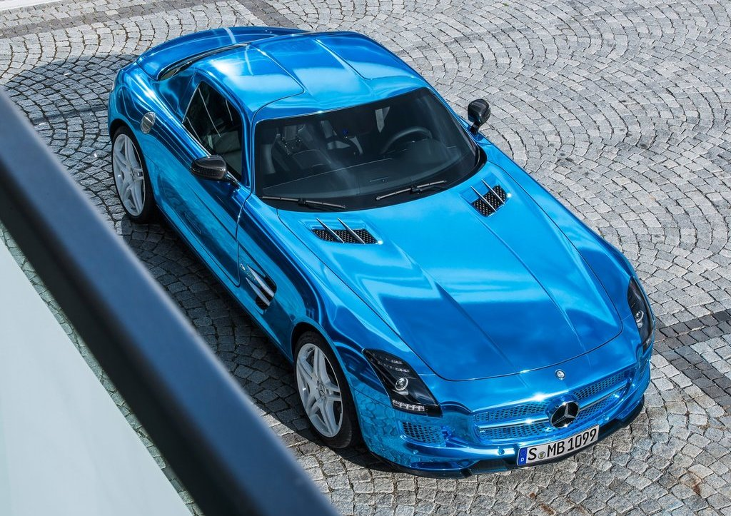 Mercedes SLS AMG Coupe Electric Drive Top View (Photo 7 of 8)