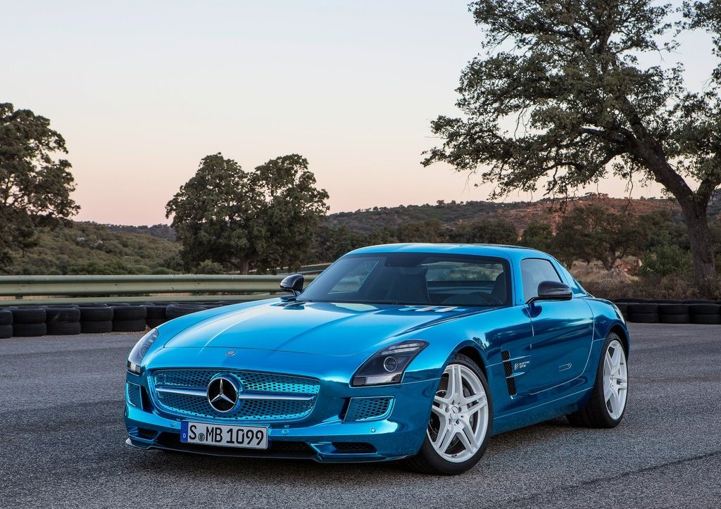 Featured Image of 2014 Mercedes SLS AMG Coupe Electric Drive
